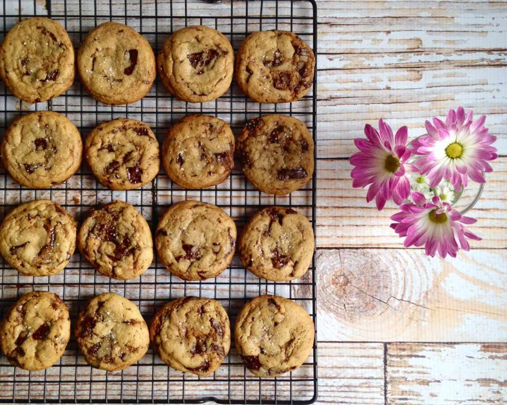 Brown Butter and Vanilla Chocolate Chip Cookies
